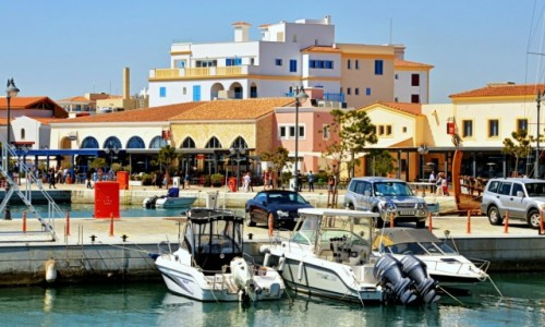 CYPR / - / Limassol / Cukierkowe miasto