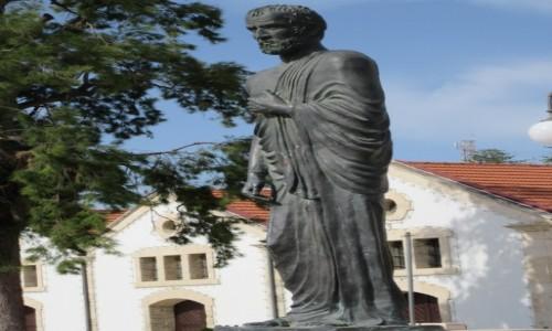 Zdjęcie CYPR / Larnaka / Larnaka / Pomnik filozofa stoika Zenona z Kition