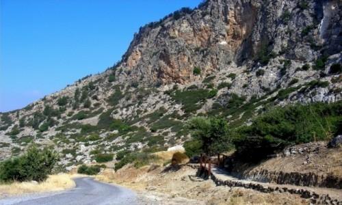 Zdjęcie CYPR / Kyrenia / okolice Girne / Droga do zamku Buffavento