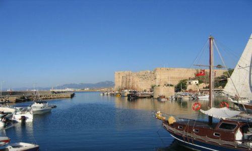 Zdjecie CYPR / turecka część Cypru / Girne (Kyrenia) / Port w Girne (Kyrenia)