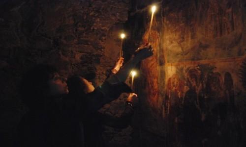 Zdjecie CYPR / Góry Troodos / gdzieś w górach / Oglądanie malowideł