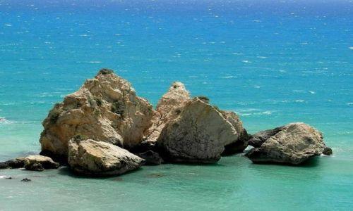 Zdjecie CYPR / w pobliżu Petra Tou Romiou / wybrzeże / Moje ulubione skałki...