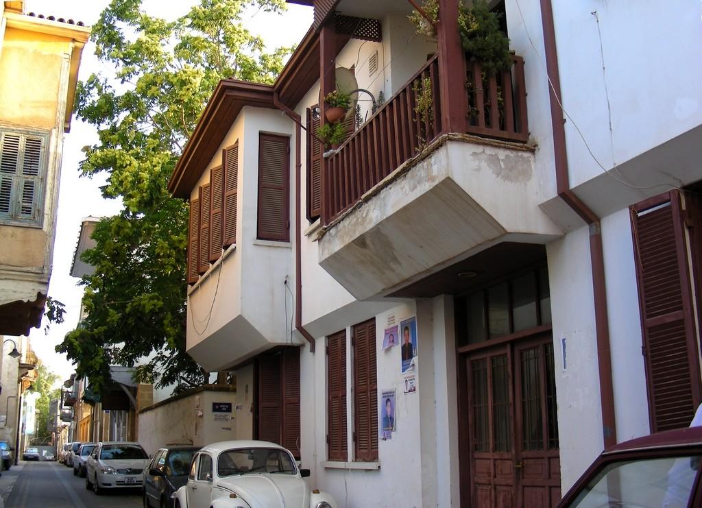 Zdjęcia: Nikozja, Nikozja, Typowa uliczka w Nikozji, CYPR PÓŁNOCNY
