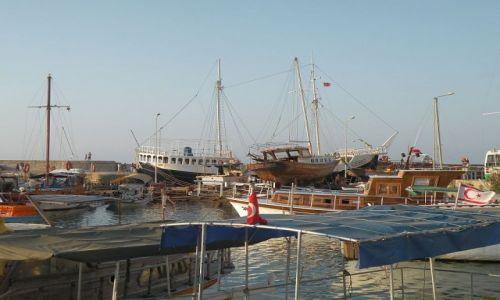 Zdjęcie CYPR PÓŁNOCNY / Kyrenia / Girne / Port