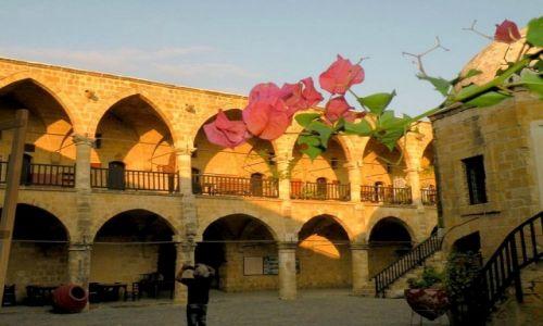 Zdjęcie CYPR PÓŁNOCNY / Famagusta / arkady / W zaułkach