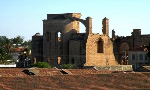 Zdjęcie CYPR PÓŁNOCNY / Famagusta / miasto / Ruiny świątyni