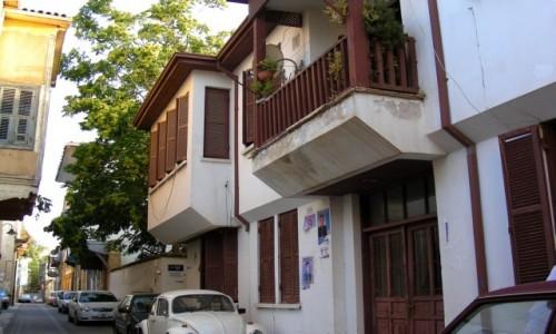 Zdjęcie CYPR PÓŁNOCNY / Nikozja / Nikozja / Typowa uliczka w Nikozji