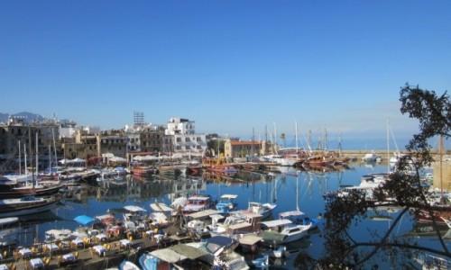 Zdjęcie CYPR PÓŁNOCNY / Dystrykt Girne / Kirenia / Marina w Kirenii
