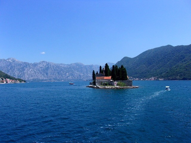 Zdjęcia: okolice Perastu, Boka Kotorska, Wyspa św. Jerzego, CZARNOGÓRA