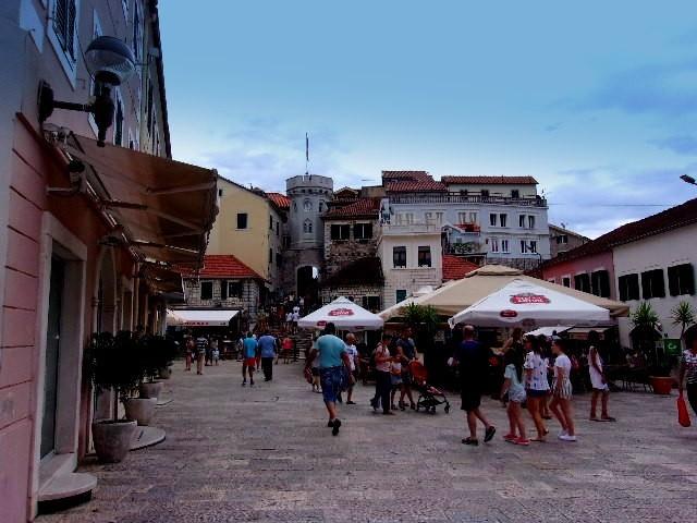 Zdjęcia: Herceg Novi, Boka Kotorska, Centrum Herceg Novi, CZARNOGÓRA