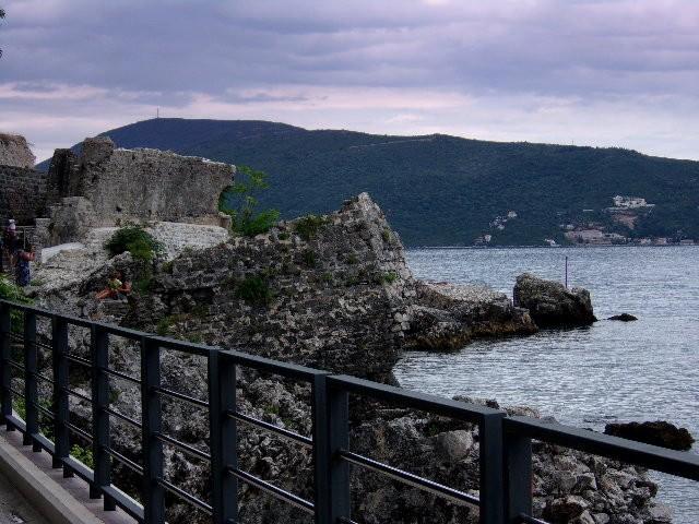 Zdjęcia: Herceg Novi, Boka Kotorska, Stare mury, CZARNOGÓRA