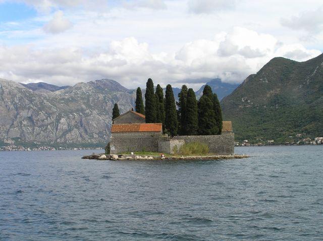 Zdjęcia: wyspa na zatoce, boka , wyspa, CZARNOGÓRA
