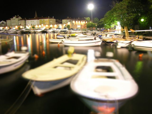 Zdjęcia: Budva, Port jachtowy nocą, CZARNOGÓRA