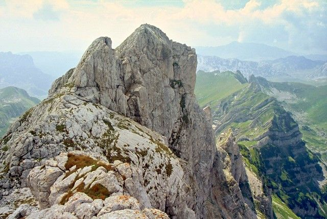Zdj�cia: Durmitor, Bobotov Kuk, G�ry Dynarskie, Na dachu Czarnog�ry - kolor, CZARNOG�RA