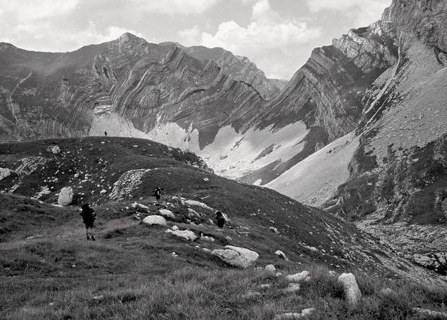 Zdjęcia: Durmitor, okolice przełęczy Semar, Góry Dynarskie, Czarno-biała Czarnogóra, CZARNOGÓRA