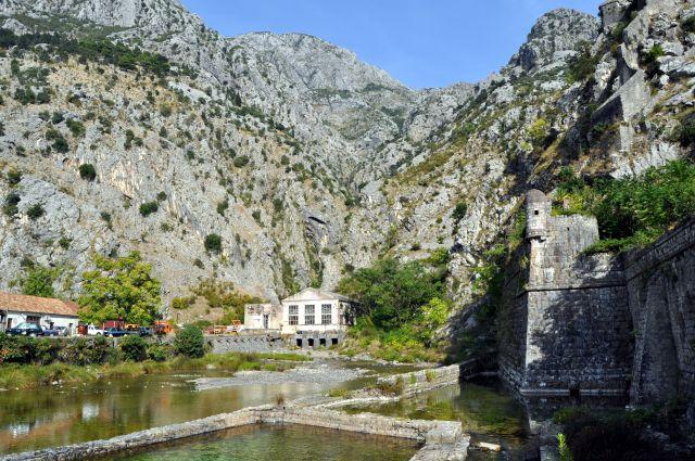 Zdjęcia: Kotor, Bałkany, Skały, CZARNOGÓRA