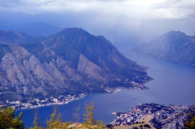 Zdjęcia: okolice Kotoru, Zatoka Kotorska, Widok na Kotor, CZARNOGÓRA