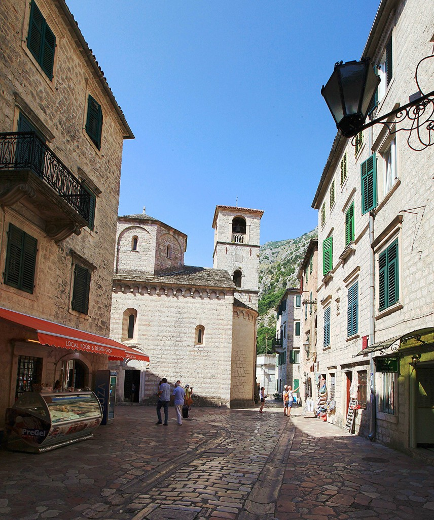 Zdjęcia: Kotor, Zatoka Kotorska, W drodze na mury, CZARNOGÓRA