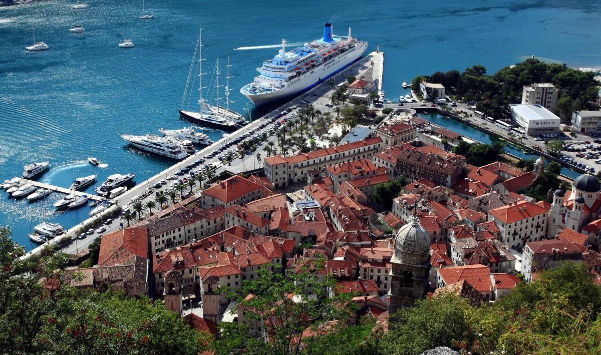Zdjęcia: Twierdza św. Jana , Kotor, Port, CZARNOGÓRA