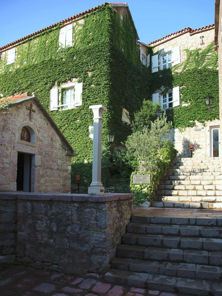 Zdjęcia: Sveti Stefan , Budva , Kaplica, CZARNOGÓRA