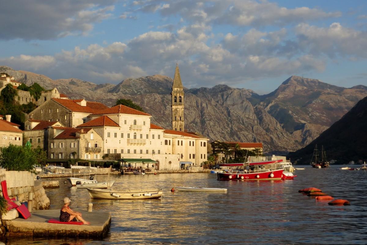 Zdjęcia: Perast, Zatoka Kotorska, cicho tu i spokojnie..., CZARNOGÓRA