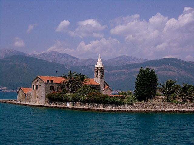 Zdjęcia: okolice Tivatu, Boka Kotorska, Gospa od Milo, CZARNOGÓRA