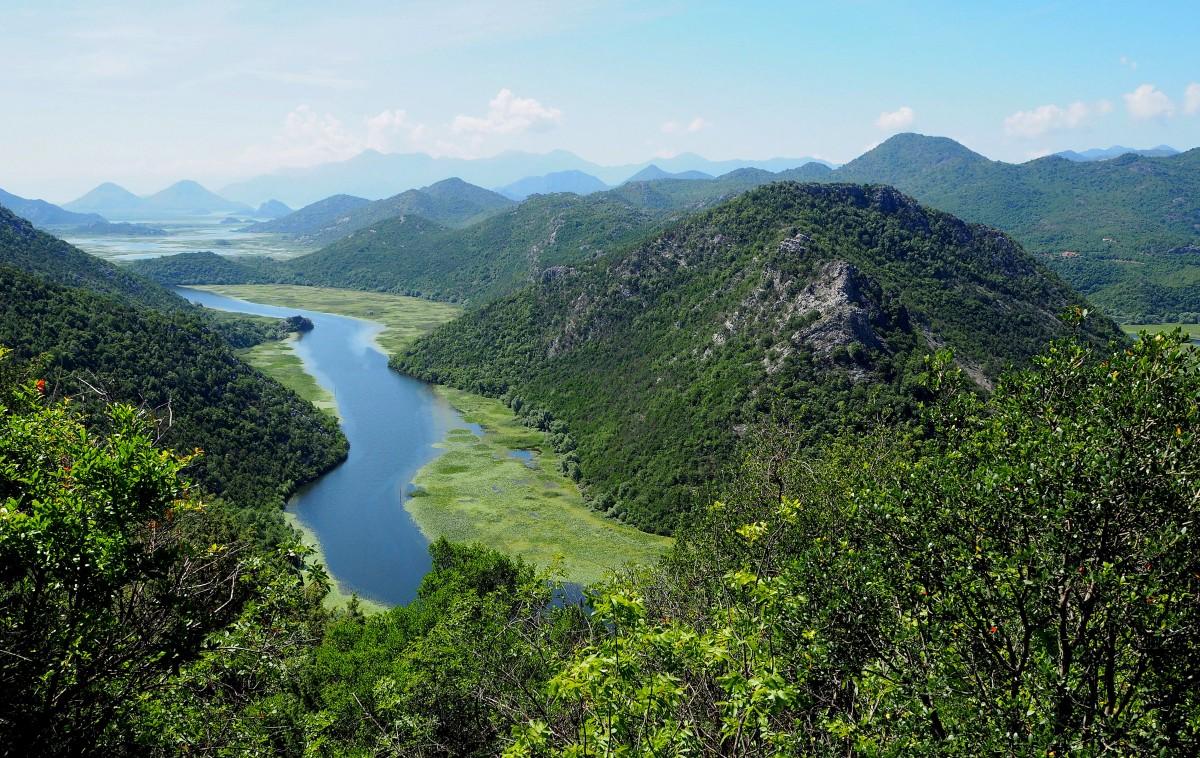 Zdjęcia: Rijeka Crnojevića, trochę niżej..., CZARNOGÓRA