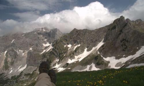 Zdjęcie CZARNOGÓRA / Durmitor / przełęcz Skrcko Zdrijelo 2114 m n.p.m. / wypoczynek na Skrcko Zdrijelo 2114 m n.p.m.