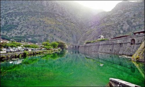 Zdjecie CZARNOGÓRA / Budva / Kotor / Mury obronne Kotoru