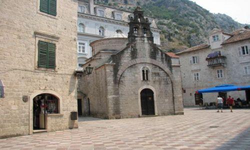 Zdjecie CZARNOGÓRA / brak / Montenegro / historyczne zabudowania miasta Kotor (na liscie UNESCO)