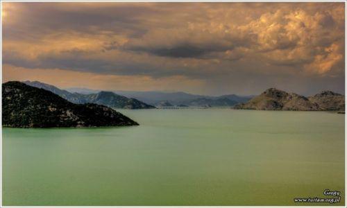 Zdjęcie CZARNOGÓRA / Ulcinij / Jezioro Szkoderskie / Inny Świat