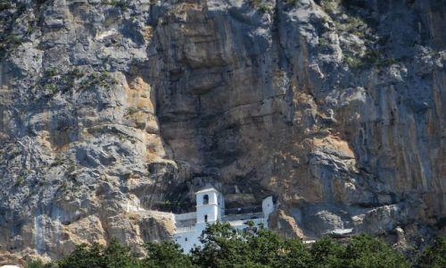 CZARNOGÓRA / środkowa  Czarnogóra / .. / klasztor Ostrog