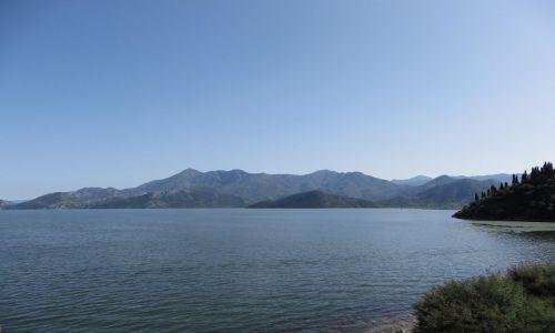 Zdjecie CZARNOGÓRA / południowa Czarnogóra / . / jezioro Szkoderskie