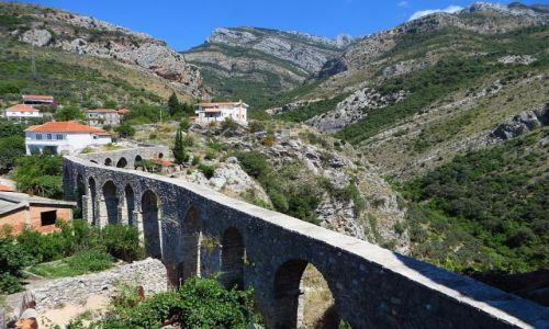 Zdjęcie CZARNOGÓRA / południowa Czarnogóra / Stary Bar / akwedukt