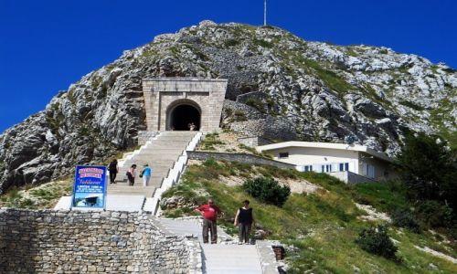 Zdjęcie CZARNOGÓRA / północna Czarnogóra / P.N. Lovcen / mauzoleum Njegosa