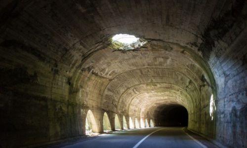 Zdjecie CZARNOG�RA / Durmitor / Durmitor / Tunel