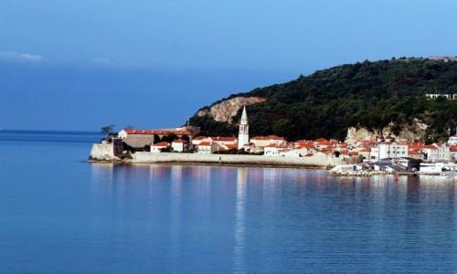 Zdjęcie CZARNOGÓRA / Budva / Okolice wyspy Sveti Stefan / Widok na Stari Grad