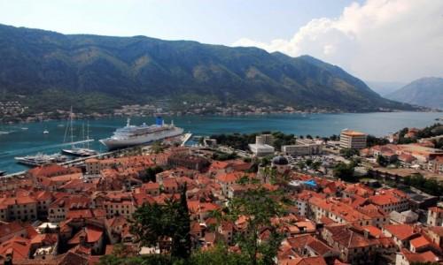 Zdjęcie CZARNOGÓRA / Kotor / Twierdza św. Jana / Widok na Zatokę Kotorską