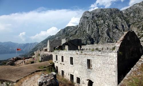 CZARNOG�RA / Kotor / Twierdza �w. Jana / Ruiny