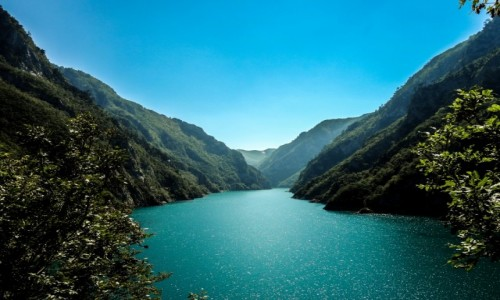 Zdjecie CZARNOGÓRA / okolice Durmitoru / Jezioro Piva / Jezioro Piva