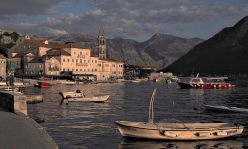 Zdjecie CZARNOGÓRA / Zatoka Kotorska / Perast / resztki pięknego dnia...
