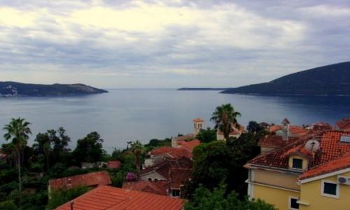 Zdjecie CZARNOGÓRA / Boka Kotorska / Herceg Novi / Na horyzoncie Adriatyk