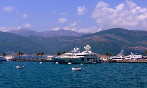 Zdjecie CZARNOGÓRA / Boka Kotorska / Tivat / Port w Tivacie