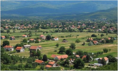 CZARNOGÓRA / - / w drodze znad Jeziora Szkoderskiego do Zabljaka (Durmitor) / bliżej...