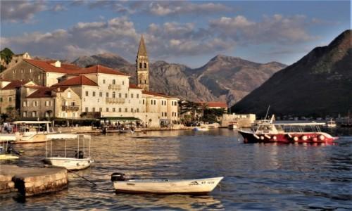CZARNOGÓRA / Zatoka Kotorska / Perast / w zatoce...