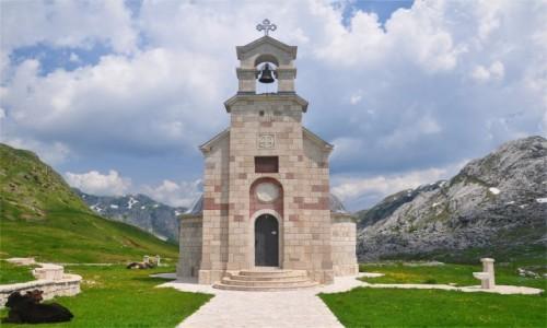 CZARNOGÓRA / Kolasin / Morača / Cerkiew w górach