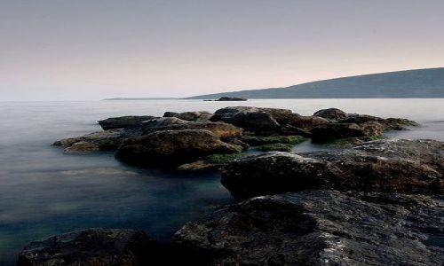 Zdjecie CZARNOGÓRA / brak / Herceg-Novi / Skały  u wybrzeży Adriatyku w Herceg-Novi