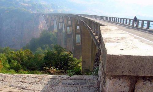 Zdjecie CZARNOGÓRA / brak / Kanion rzeki Tara / Most nad kanionem rzeki Tara