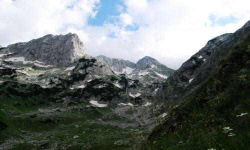 Zdjecie CZARNOGÓRA / Durmitor / droga na Bobotow Kuk / gdzieś w górach