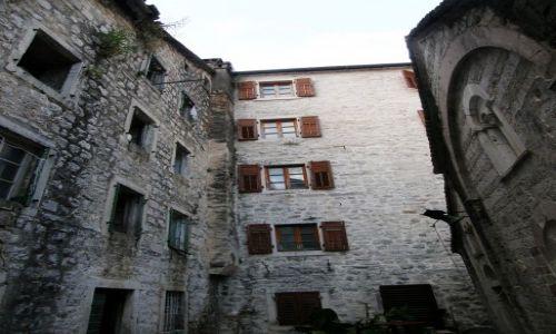 Zdjecie CZARNOGÓRA / Kotor / Kotor / Okienka 2